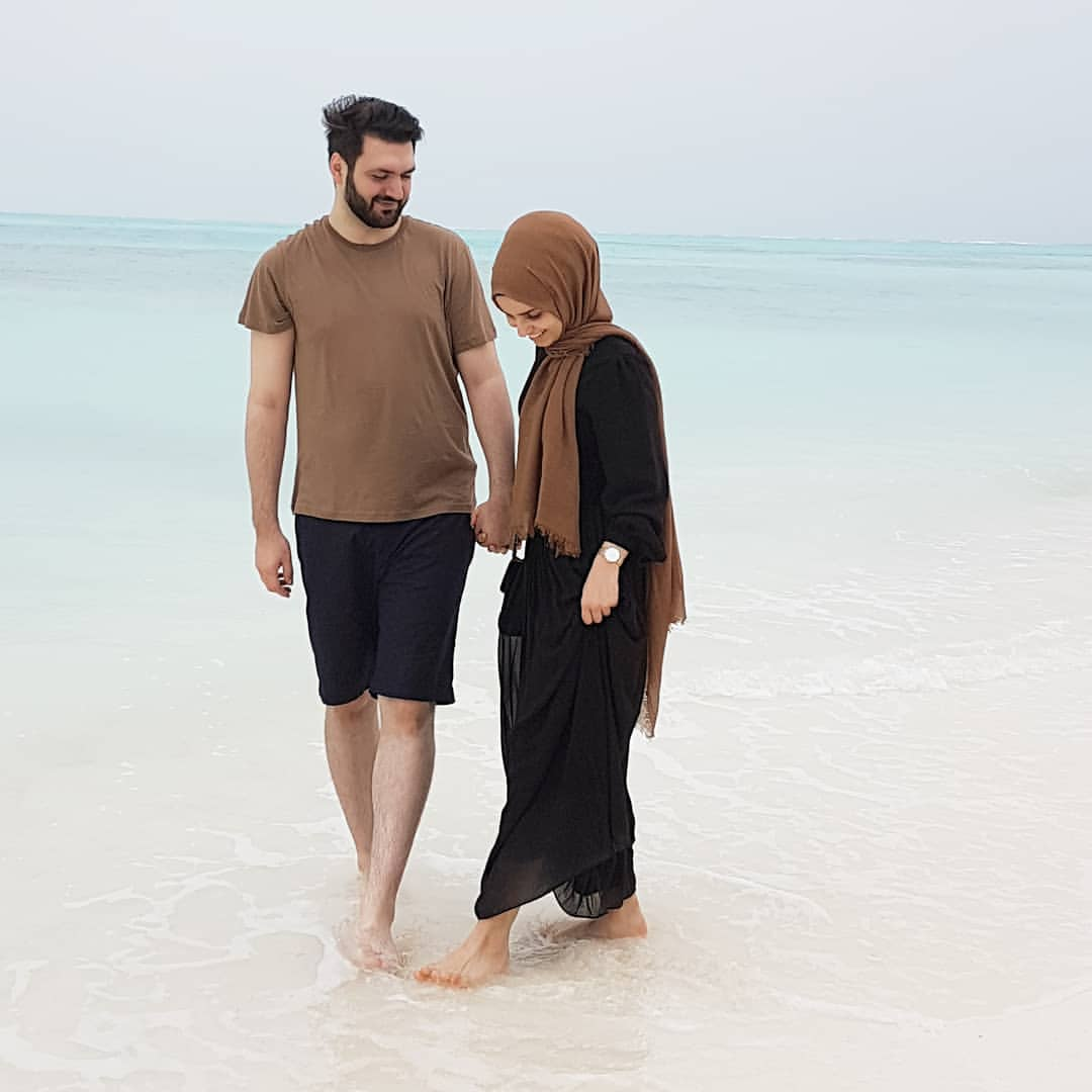 honeymoon hijab outfit