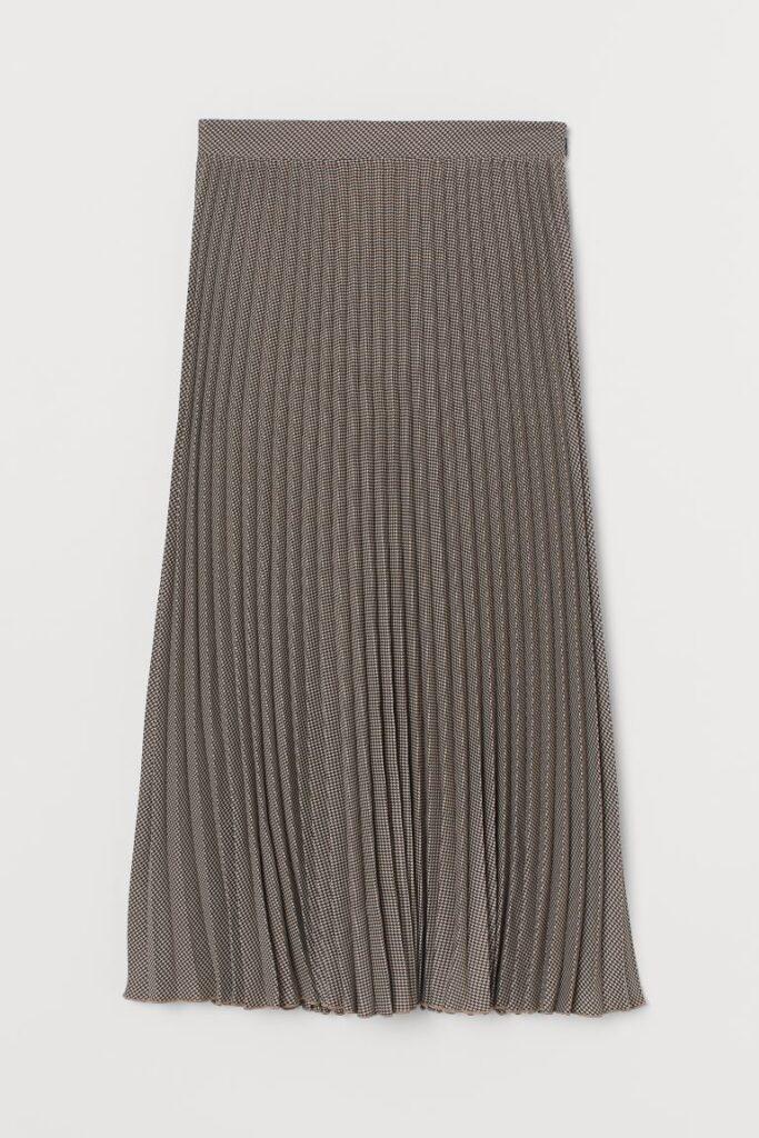 trendy fall skirt