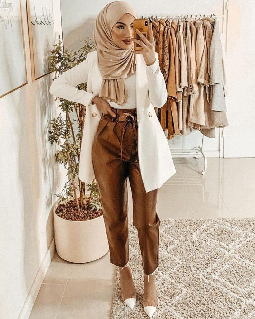 bown pants